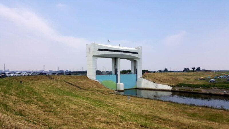 荒川の水門