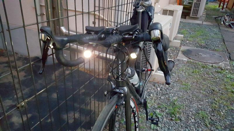 ロードバイクに閃SG-355Bを2本装着