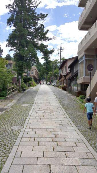 大山寺に向かう参道