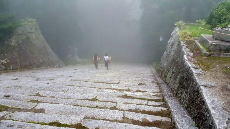 大山寺の参道・階段