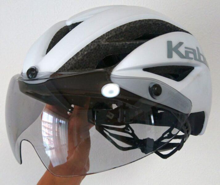 OGKのエアロヘルメットAERO-R1 TR
