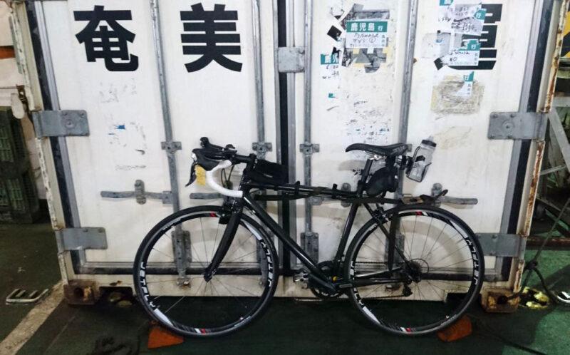 フェリー内での自転車収納状況