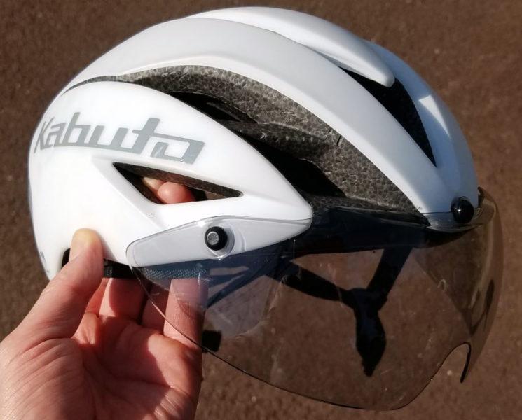 OGK Kabutoのエアロヘルメット