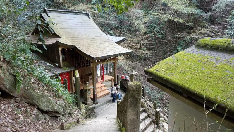 高尾山、蛇滝の道場